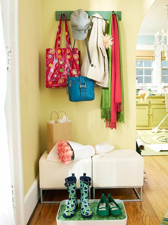 Small-Space Mudroom