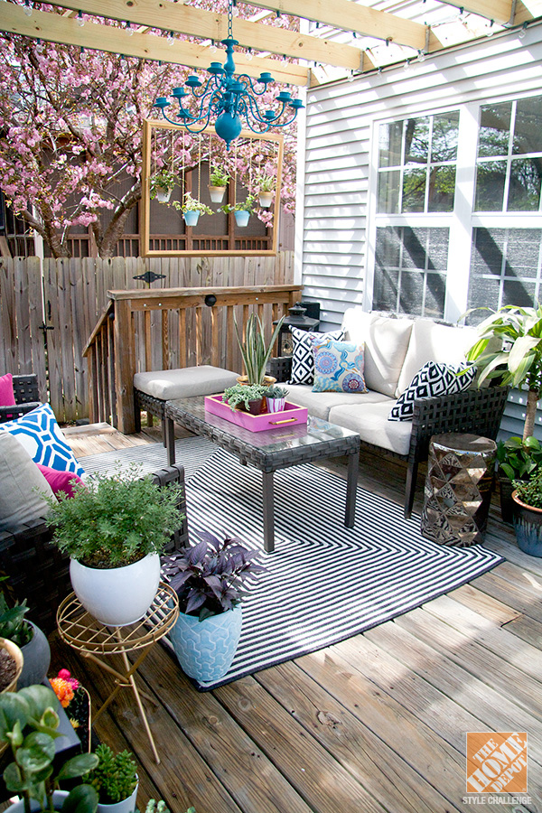 Turning a Deck into an Outdoor Living Room