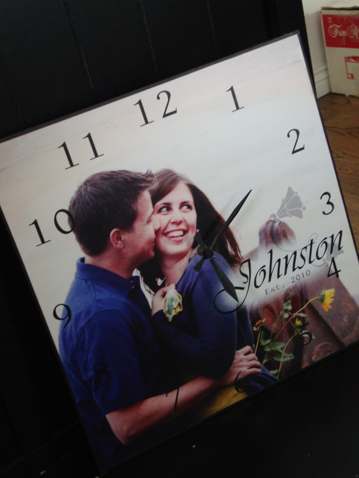 DIY Personal Picture Clocks