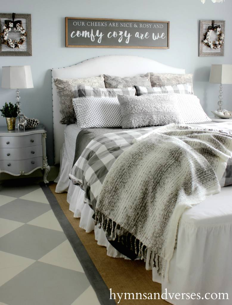 18 Magnificent Farmhouse Bedroom Ideas That Signify Absolute Coziness
