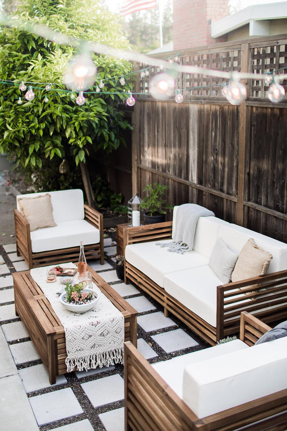 Pallet Furniture Small Outdoor Space