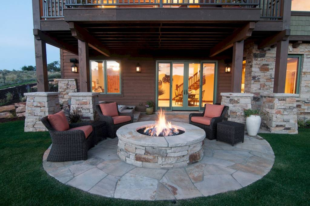 Patio Fire Pit with Stones and Marble
