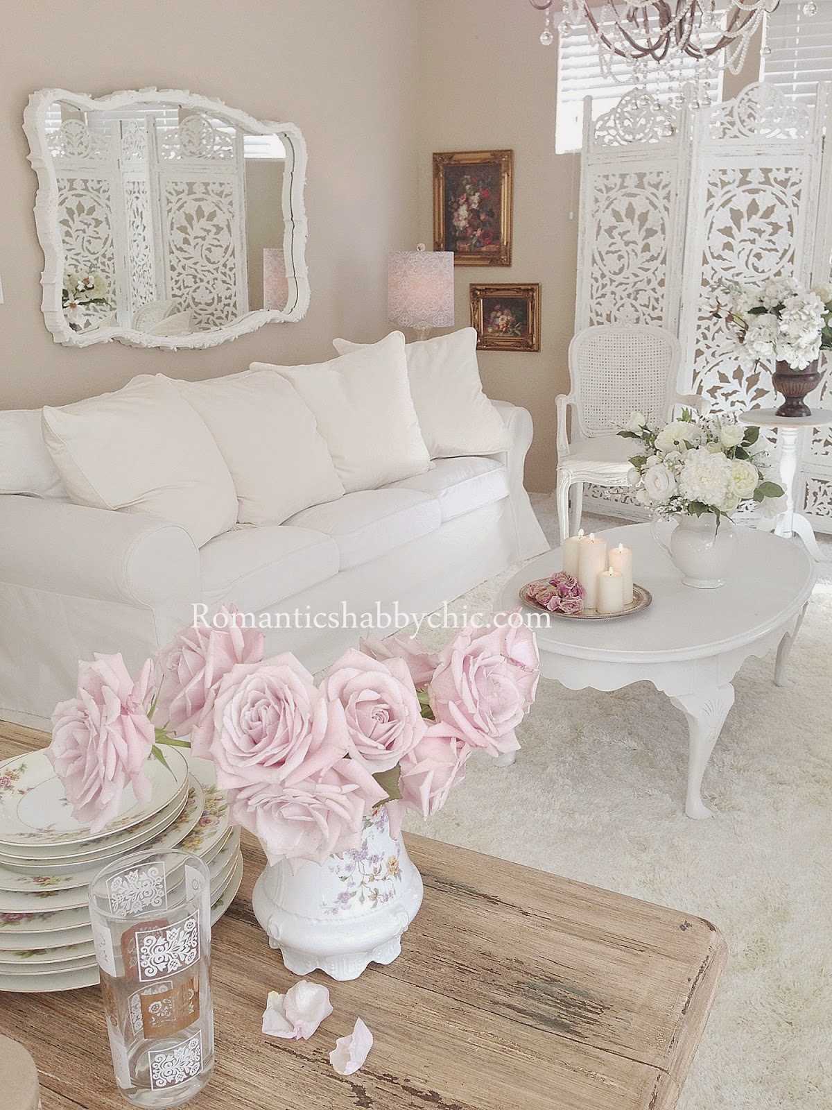 Romantic Style Living Rooms: 19 Shabby Chic Living Room Ideas That Will Totally Melt