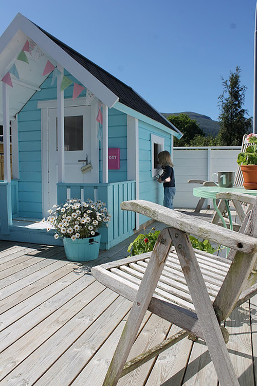 A Glorious Lil DIY Hut For Girls!