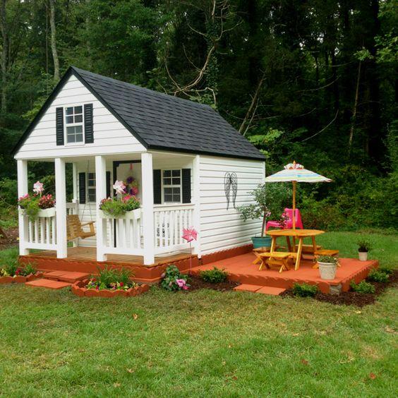 Girl Outdoor Playhouse