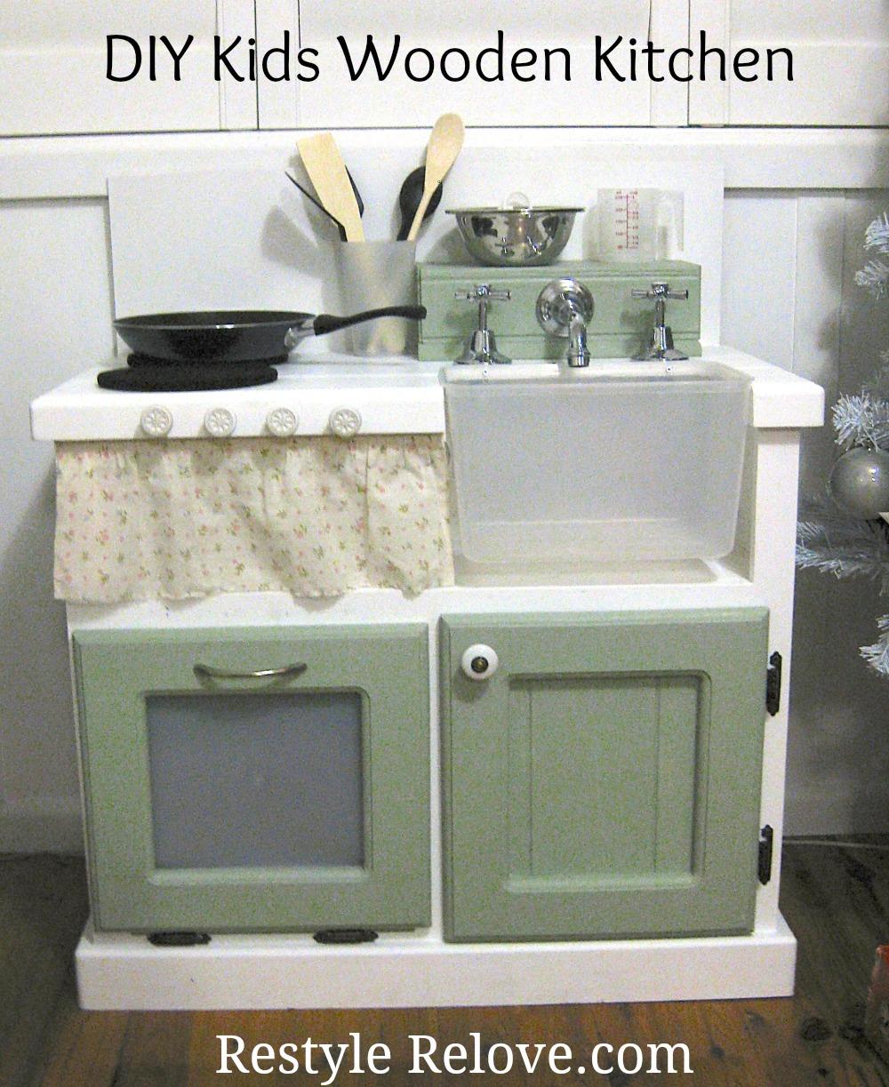 DIY Kids Wooden Kitchen