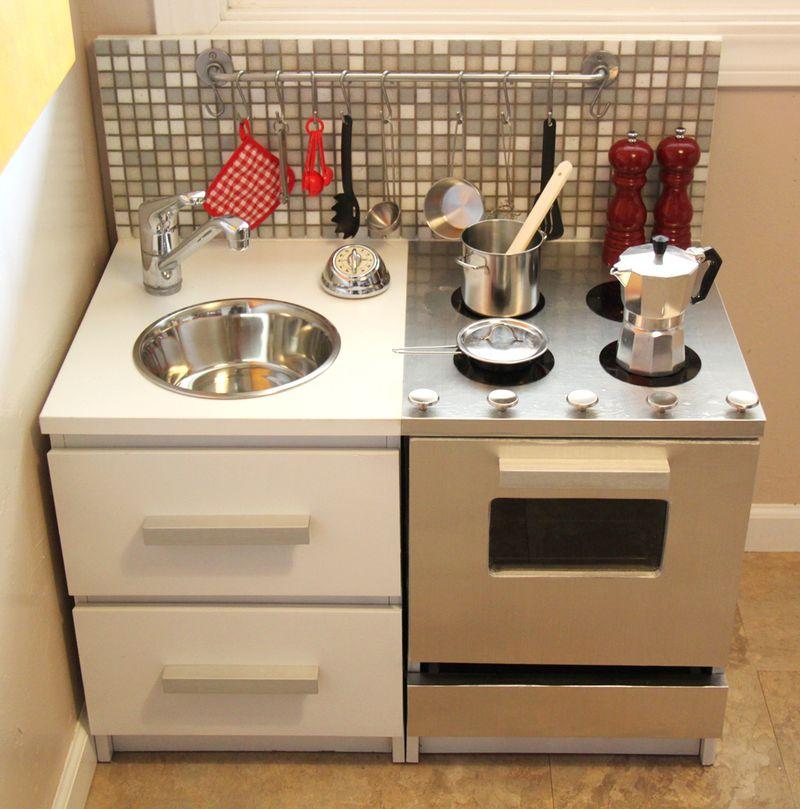 DIY Modern Play Kitchen