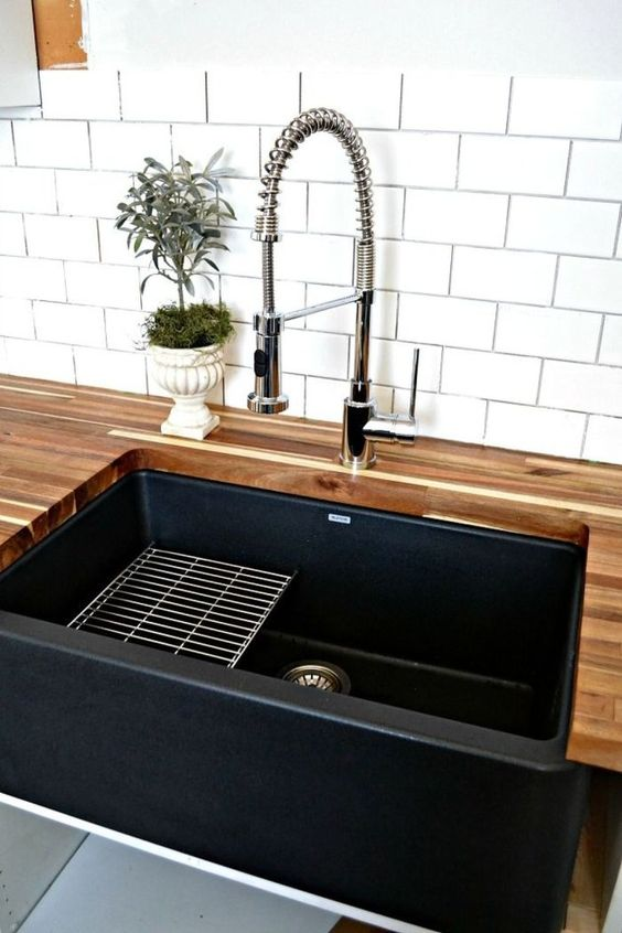Modern touch by Chic Faucet