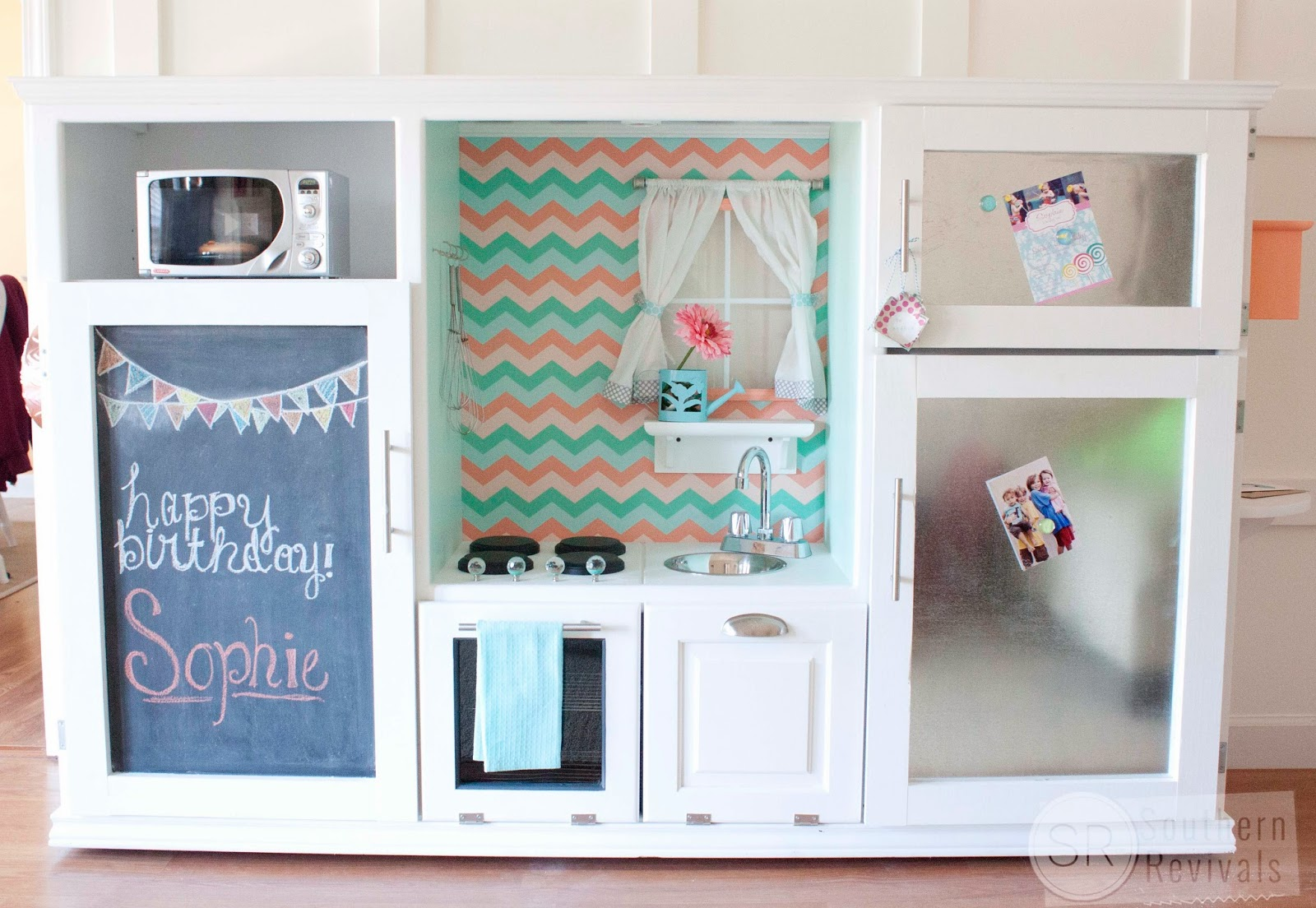 24 DIY Play Kitchen Ideas Making Miniature Pretties that Look Realistic!