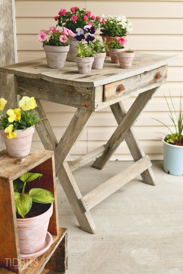 Weathered Texture Complimenting Florals