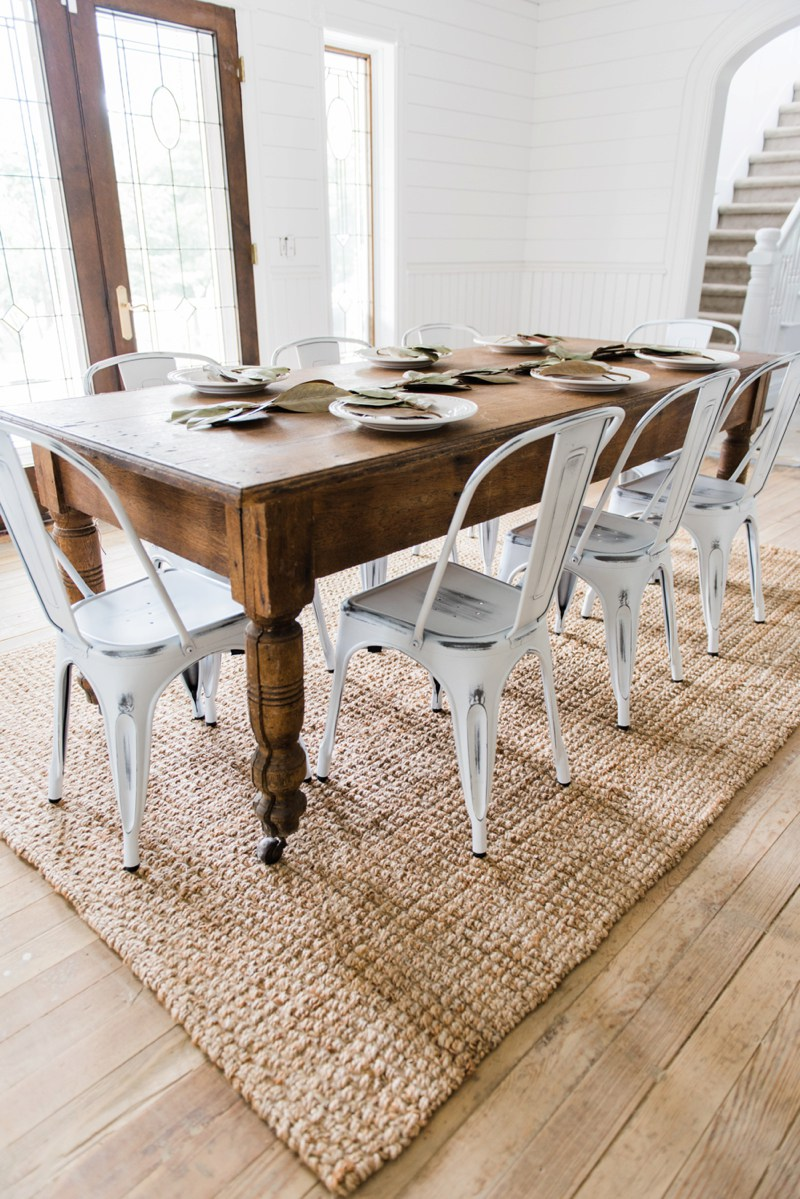 Contrasting Table and Chairs