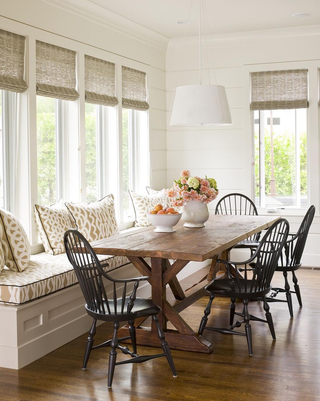Farmhouse Dining Table with Florals and Fruits