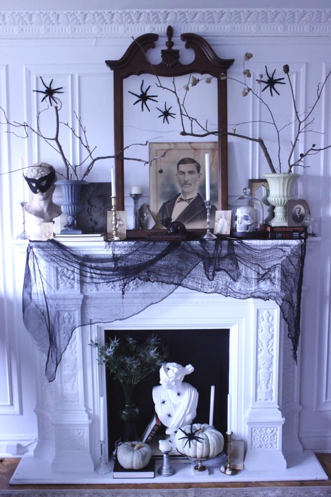 Haunted Mansion Mantel