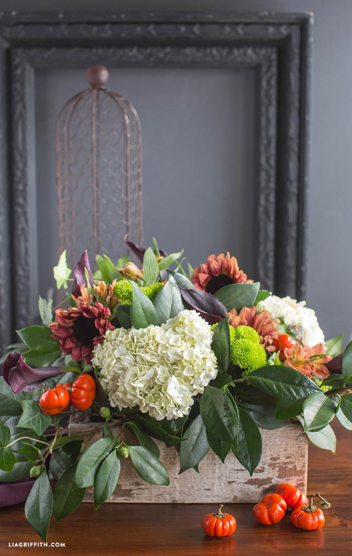 Style a Fresh Flower Centerpiece