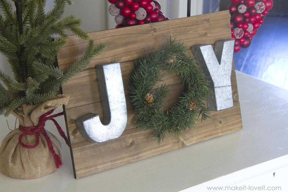 A Mini JOY Wreath Wall Hanging