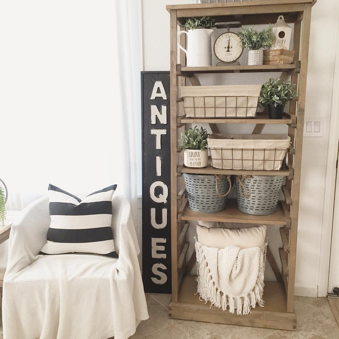 19 Farmhouse Style Bookshelf Ideas Glorifying Your Space