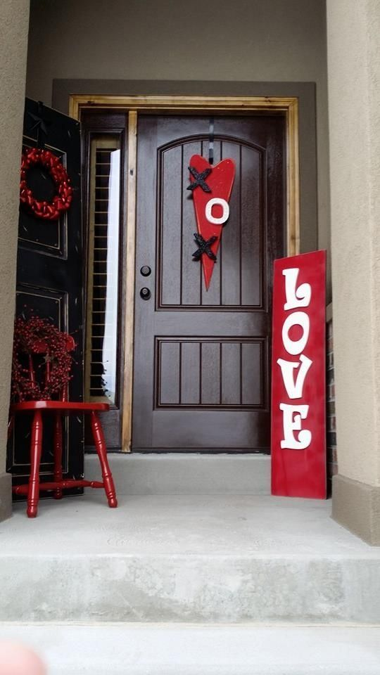 All Red Outdoor Valentine's Day Decor