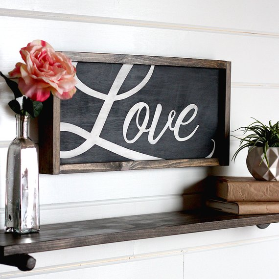 Love Sign Farmhouse Valentine Decor