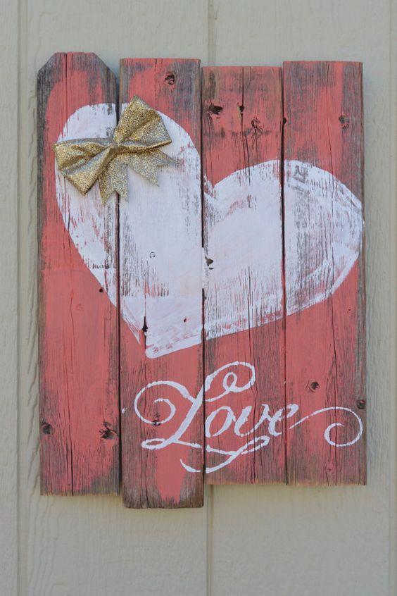 Wooden Pallet Heart Sign