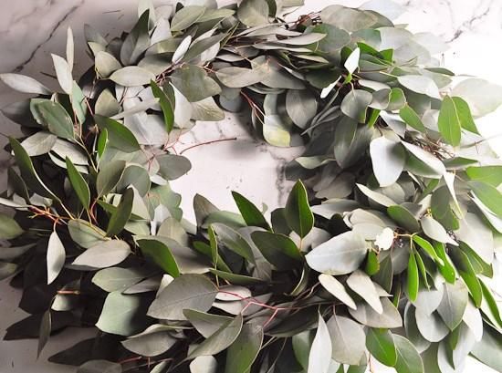 DIY Eucalyptus Wreath