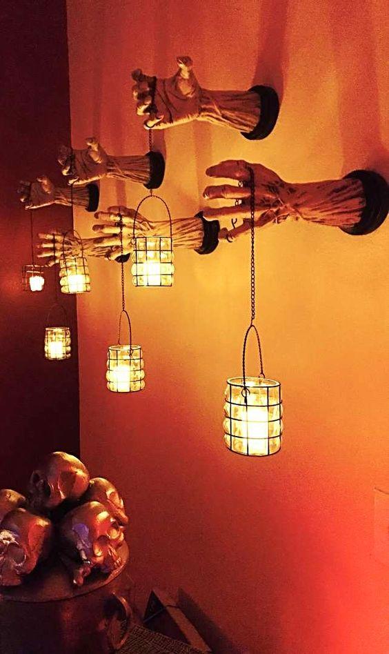 Spooky Lantern Hand Holders