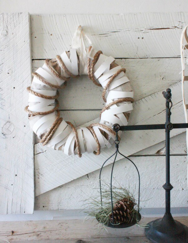 The Ultimate DIY Farmhouse Wreath!