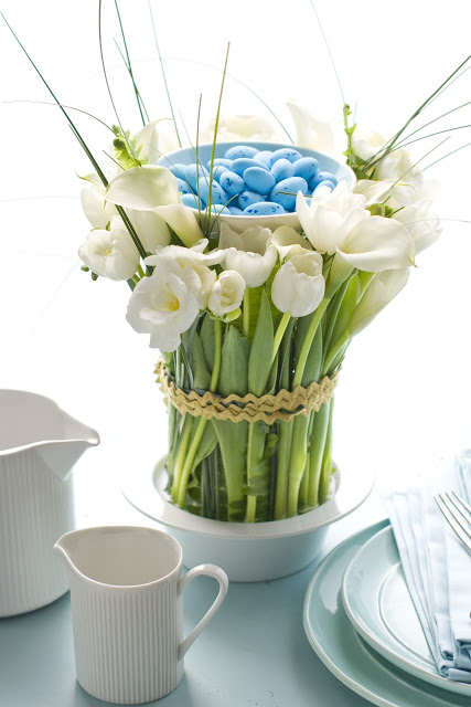 Easy Easter Centerpiece in a Cylinder Vase