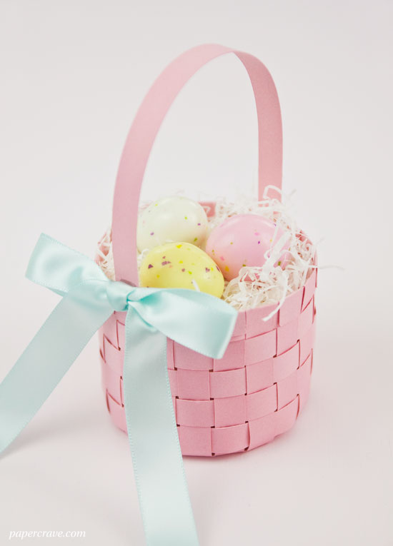 FREE Woven Paper Easter Basket Template + Tutorial