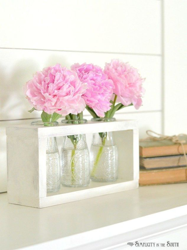 Farmhouse Style Vase Holder